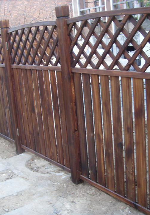 防腐木异型栅栏加工