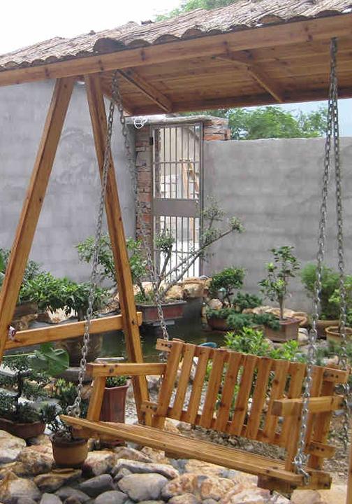 防腐木摇椅