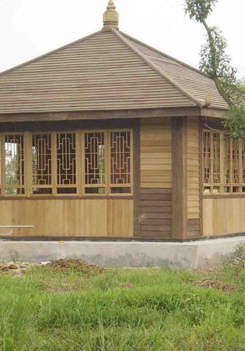 防腐木方形木屋
